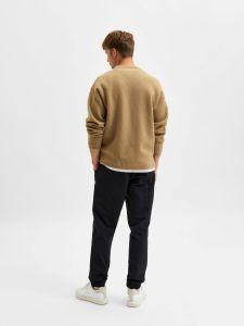 selected-miesten-neule-slhparkon-ls-knit-crew-neck-beige-2