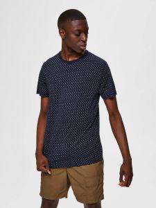 selected-miesten-paita-brawley-aop-t-shirt-sininen-kuosi-1