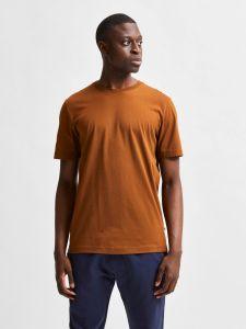selected-miesten-t-paita-norman-180-nos-o-neck-keskiruskea-1