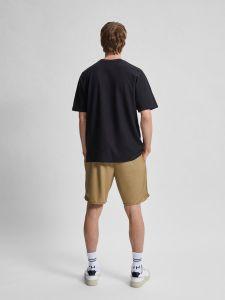 selected-miesten-t-paita-relax-albion-ss-o-neck-musta-2