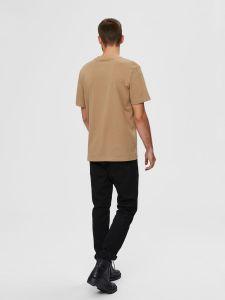 selected-miesten-t-paita-relax-colman-ss-tee-beige-2