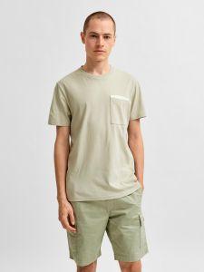 selected-miesten-t-paita-robert-ss-o-neck-khaki-1