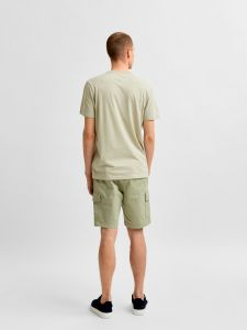 selected-miesten-t-paita-robert-ss-o-neck-khaki-2