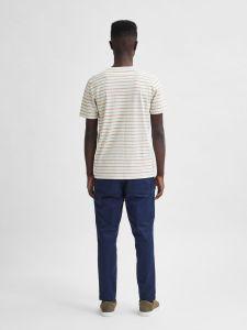 selected-miesten-t-paita-stripe-ss-o-neck-raidallinen-valkoinen-2