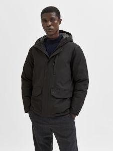 selected-miesten-takki-piet-jacket-g-musta-1