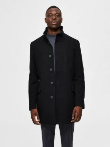 selected-miesten-villakangastakki-morrisons-wool-coat-nos-musta-1