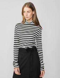 summum-naisten-neulepaita-raitapusero-raidallinen-musta-1