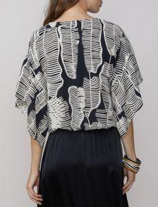 summum-naisten-pusero-mustavalkoinen-2