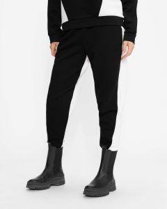 ted-baker-naisten-joggerhousut-stephie-pant-mustavalkoinen-2