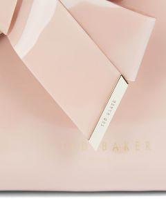 ted-baker-naisten-meikkipussi-nicco-washbag-large-vaaleanpunainen-2