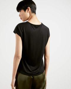 ted-baker-naisten-t-paita-luweii-ss-shirt-musta-kuosi-2