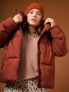 selected-femme-naisten-untuvatakki-k-slfdaisy-down-jacket-poltettu-oranssi-1