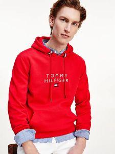 tommy-hilfiger-miesten-huppari-stacked-tommy-flag-hoody-kirkkaanpunainen-1