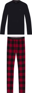 tommy-hilfiger-miesten-pyjama-ls-pant-flannel-tee-set-punainen-ruutu-1