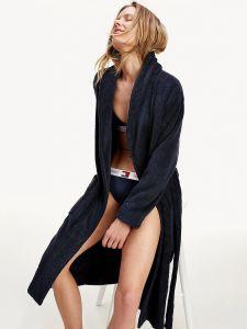 tommy-hilfiger-naisten-kylpytakki-bathrobe-gold-tummansininen-1