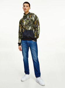 tommy-jeans-miesten-huppari-tech-hoodie-armeijanvihrea-1
