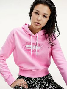 tommy-jeans-naisten-huppari-tjw-cropped-tommy-flag-hoodie-vaaleanpunainen-2