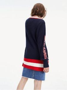 tommy-jeans-tje-oversized-varsity-sweater-oversize-neule-sininen-kuosi-2