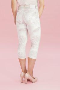 very-nice-naisten-housut-pirre-short-print-beige-kuosi-2