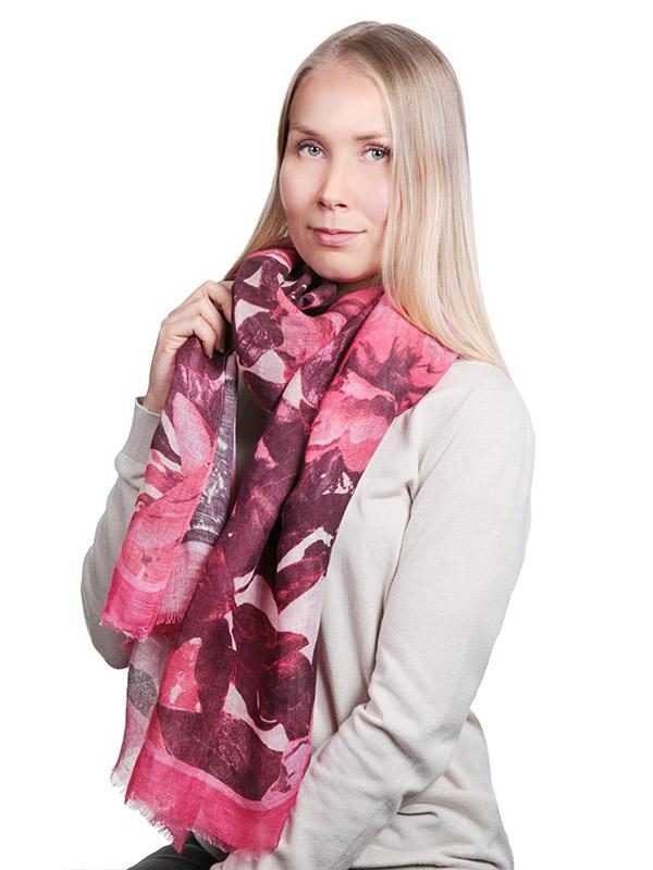 Lasessor Huvi, Rose Pinkki